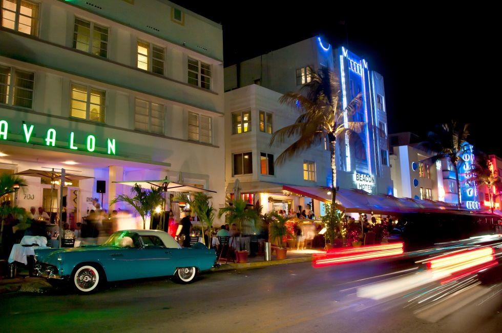 Night, South Beach, Miami, Fl orida, USA