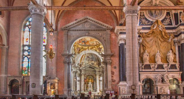 Pews, Santi Giovanni e Paolo, Venice, Italy