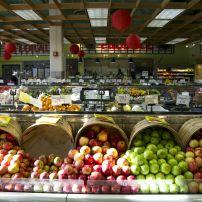 Apples, Uwajimaya, Seattle, Washington, USA
