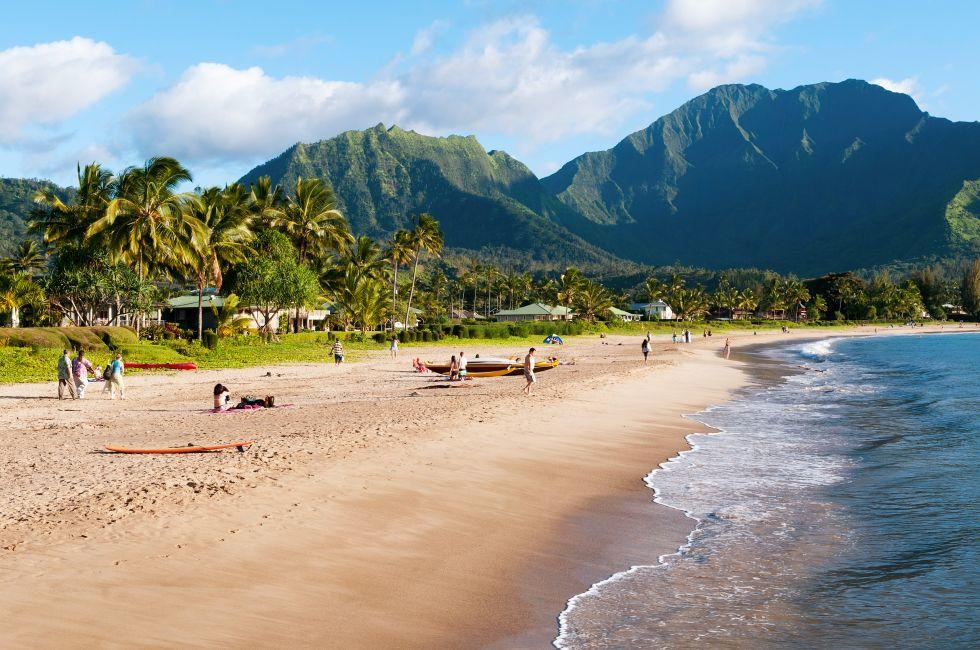 Hanalei Bay, Hanalei, Kauai, Hawaii, USA.