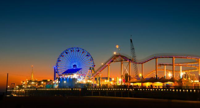 Ferris Wheel, Santa Monica Pier, Santa Monica, Venice, Santa Monica, Venice, and Malibu, Los Angeles, California, USA.