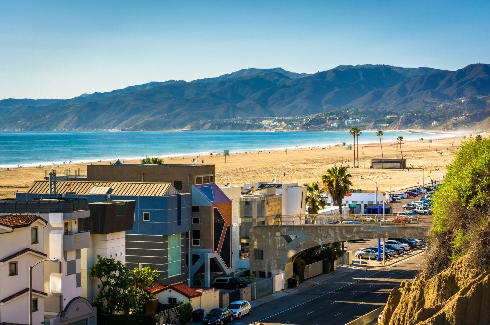Pacific Coast Highway, Santa Monica, Venice, Santa Monica, Venice, and Malibu, Los Angeles, California, USA.