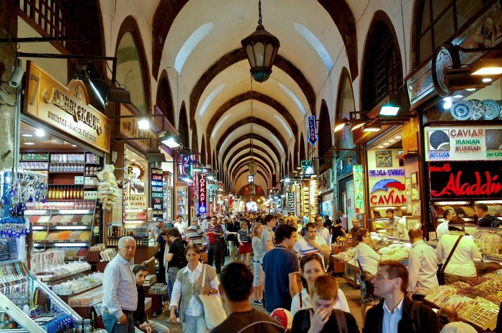 Shopping, Grand Bazaar, Istanbul, Turkey
