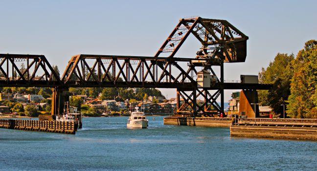 Boat, Railway Drawbridge, Hiram M. Chittenden Locks, Seattle, Washington, USA