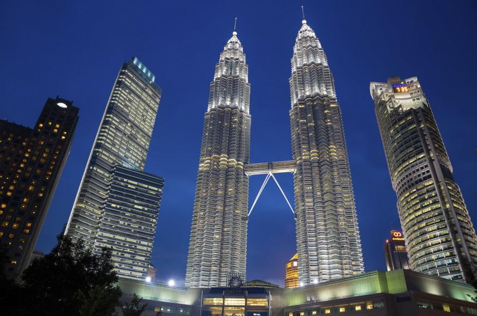 Skyscraper, Skyline, Night, Petronas Towers, Kuala Lumpur, Malaysia