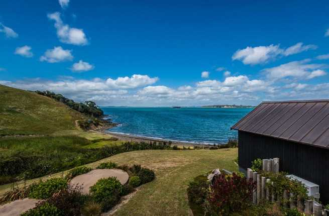 Wine Lover's Guide to Waiheke Island, New Zealand