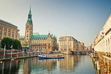 6 Reasons to Visit Hamburg Now