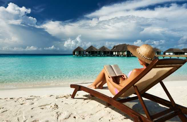 10-books-to-read-on-your-summer-vacation-hero.jpg