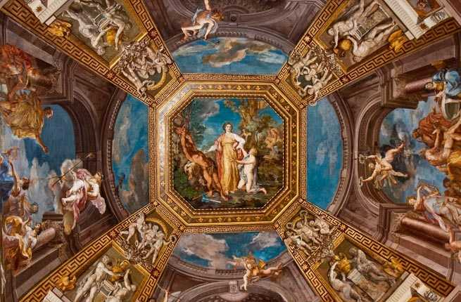 5-vatican-museum.jpg