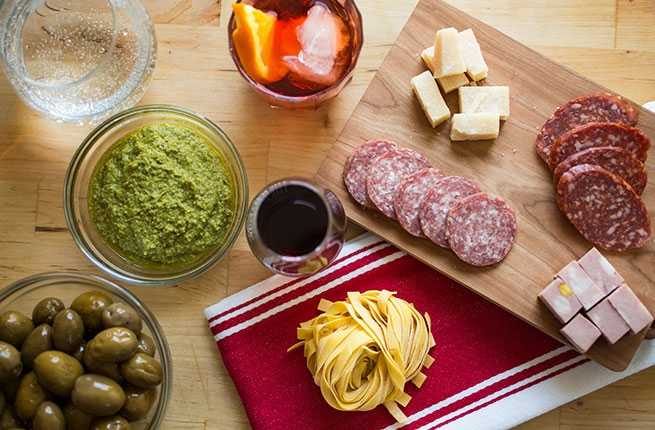 5 Easy Ways to Eat and Drink Like an Italian at Home