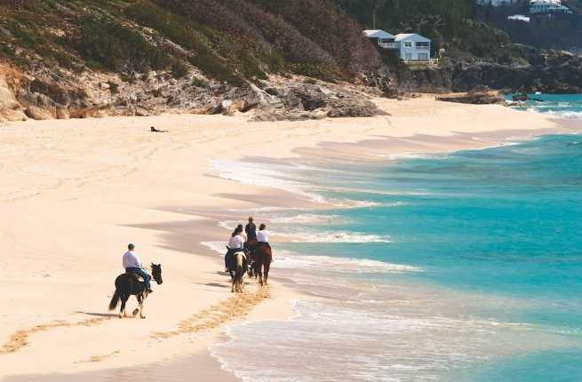 How to Explore Bermuda Without a Car