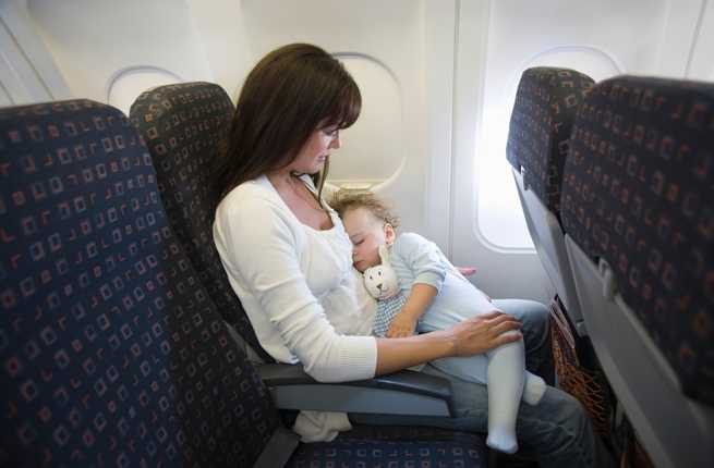 7 Tips for Flying With a Baby