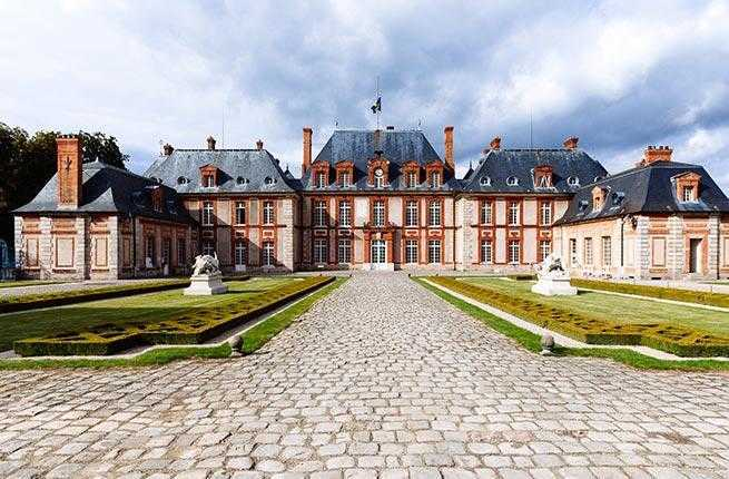 4-chateau-de-breteuil-2