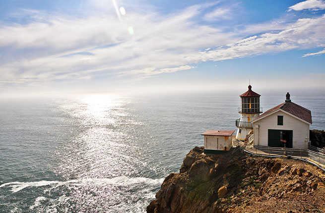 10-point-reyes-lighthouse.jpg