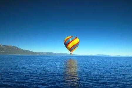 16-lake-tahoe-california-hot-air-balloon