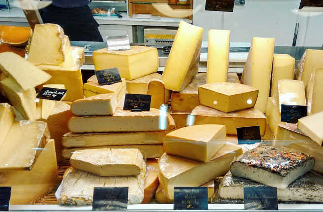 toulouse-comfort-foods-cheese.jpg