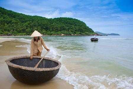 Slow-travel-banyan-tree-lang-co