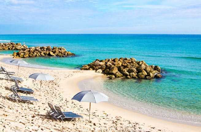 10 under the radar florida beach towns to visit this for Small east coast beach towns