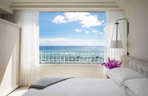 Hawaii: Fresh Resorts and More Flights