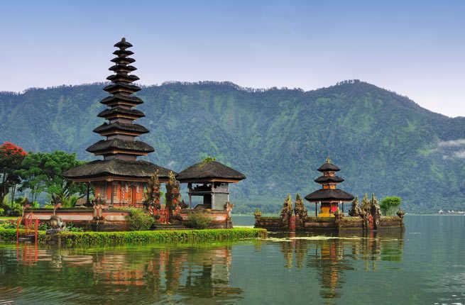 10 Tempat Wisata Indonesia Yang Mendunia Saat Ini