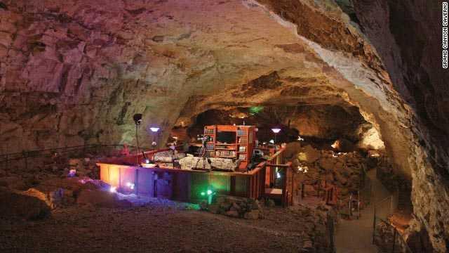 Grand Canyon Caverns Suite, Arizona