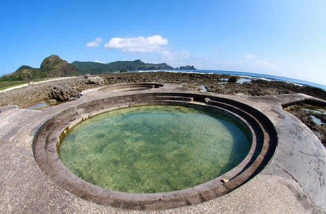 9-hot-spring-green-island-taiwan