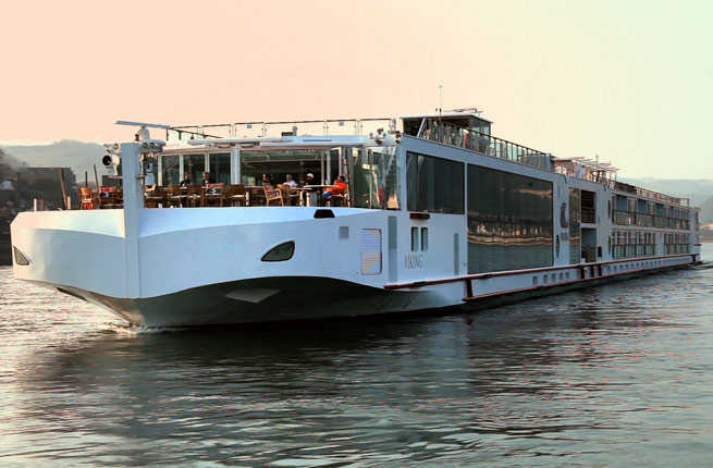 River Cruise to France's Bordeaux and Aquitaine Regions