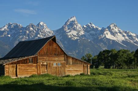 5 reasons to go to jackson hole this spring fodors for Jackson hole wyoming honeymoon cabins