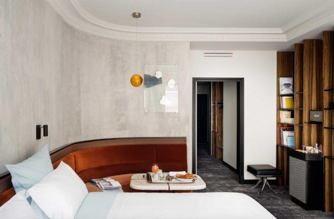 Fall 2015 guide to paris fodors travel guide for Hotel des bains paris