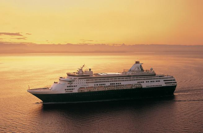 Ways To Save On WiFi While Cruising - Cruise ships with wifi