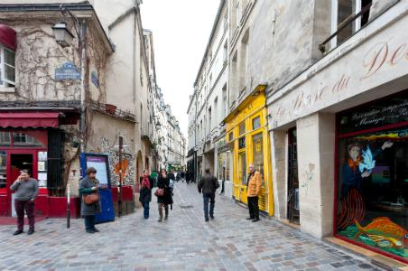 Medieval Paris: A Walking Tour of the Marais