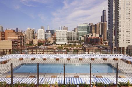 Soho House Chicago pool