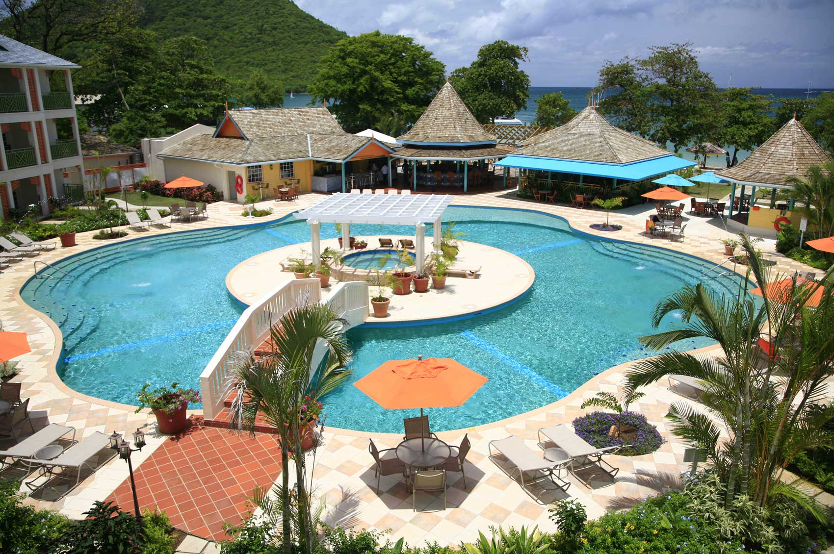 Bay Gardens Beach Resort U0026 Spa Photo