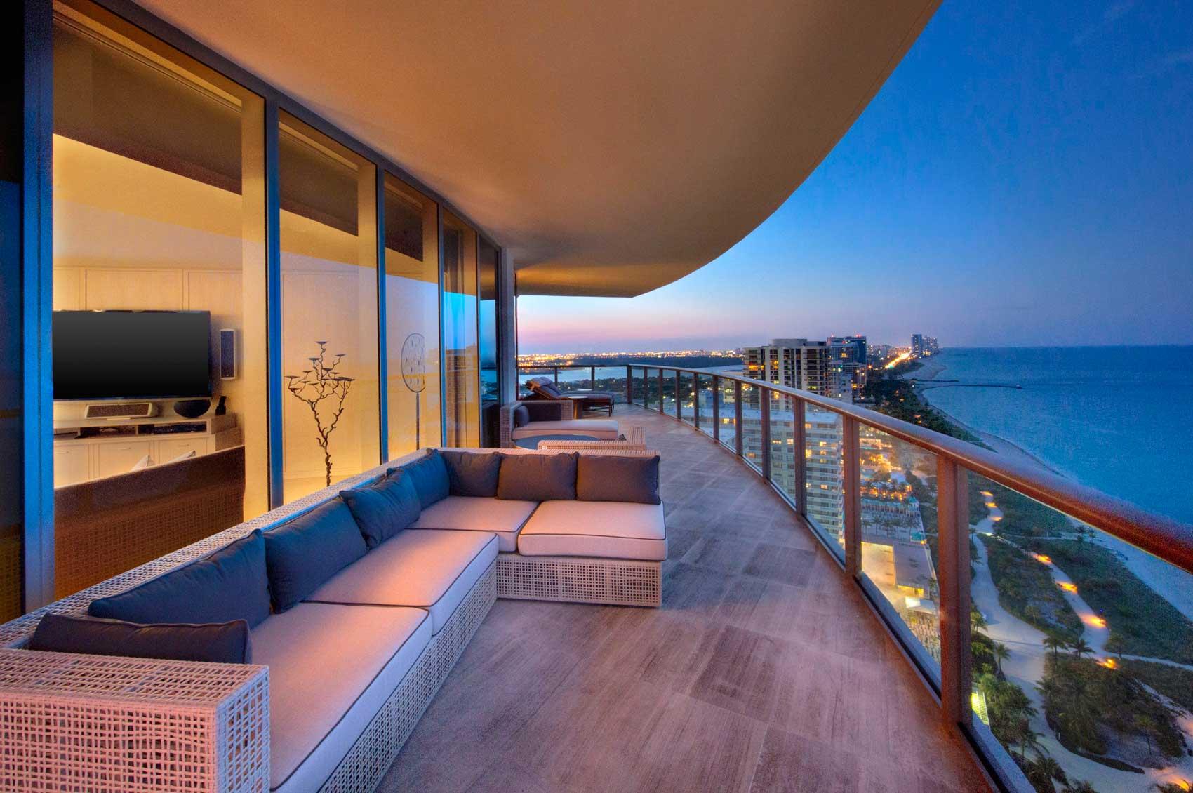 st regis bal harbour resort fodor 39 s 100 hotel awards 2012. Black Bedroom Furniture Sets. Home Design Ideas