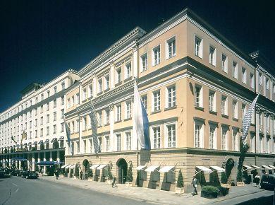 Bayerischer Hof, City Center