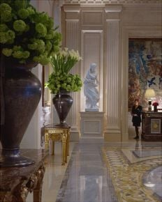 Four Seasons Hôtel George V Paris, The Champs-Élysées