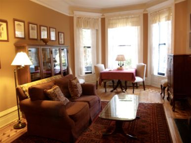 Flemish House of Chicago, Bed & Breakfast Apartments, Near North
