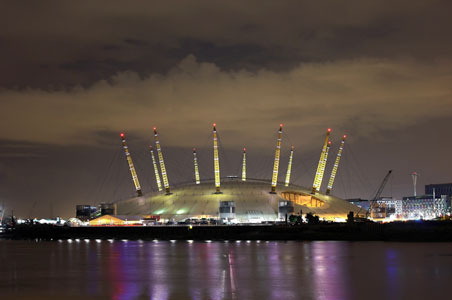 02-arena-london-night.jpg