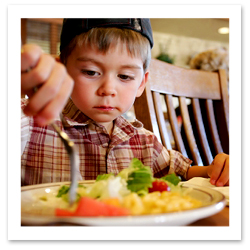 070725_kids_restaurant_Jason_LugoF.JPG