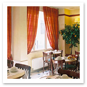 070828_Paris_Hotel_Eiffell_Rive_GaucheF.jpg