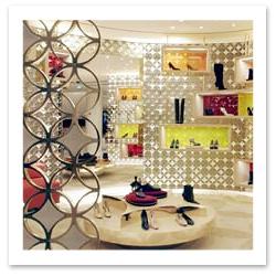 070828_Paris_Shop_Louis_Vuitton.jpg