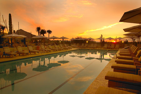 1--Camelback-Inn-Spa-Pool.jpg