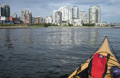 1-kayaking-canada.jpg