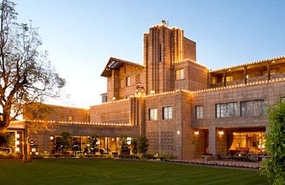 10-Arizona-Biltmore-Exterior.jpg