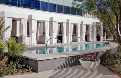 1Vdara-Pool-%26-Lounge---Cabanas.jpg