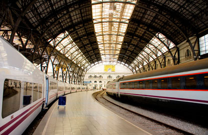 1_europe-train.jpg