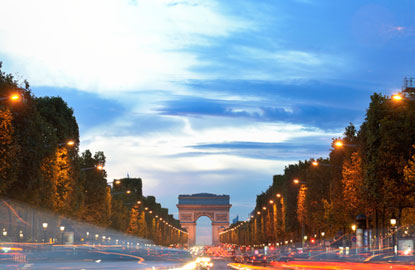 1_paris-night-street.jpg