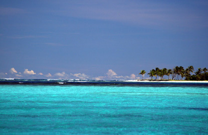 2-Petit-Tabac-St-Vincent-and-the-Grenadines.jpg