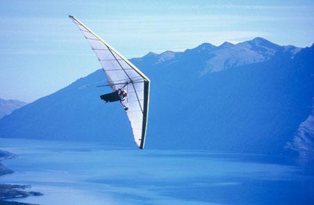 2-hand-gliding.jpg