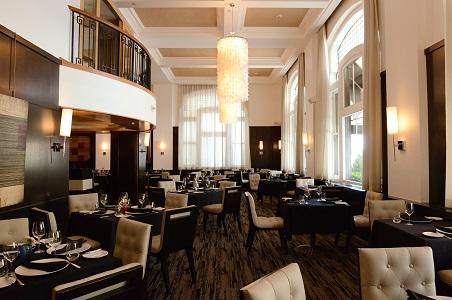 2-restaurant-Kevin-Taylor.jpg